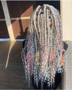 Long Box Braids: 67 Hairstyles To Upgrade Your Box Braids - Hairstyles Trends Faux Locs Hairstyles, Black Girl Braided Hairstyles, Baddie Hairstyles, African Braids Hairstyles, My Hairstyle, Ponytail Hairstyles, School Hairstyles, Everyday Hairstyles, Formal Hairstyles