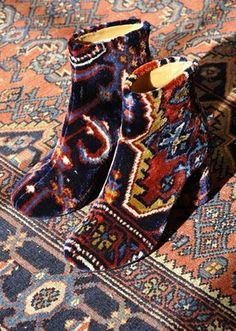 how am i going to get these margiela tapestry boots??!!