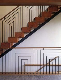 19 Ideas For Modern Stairs Railing Art Deco Wooden Staircase Design, Modern Stair Railing, Timber Staircase, Stair Railing Design, Metal Stairs, Metal Railings, Staircase Railings, Wooden Staircases, Modern Stairs