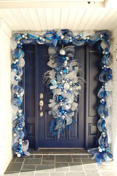 40 blue christmas tree ideas to give your holiday adorned home a tranquil vibe w… – The Best DIY Outdoor Christmas Decor Blue Christmas Tree Decorations, Hanukkah Decorations, Christmas Swags, Cool Christmas Trees, Christmas Centerpieces, Outdoor Christmas, Christmas Colors, Rustic Christmas, Christmas Holidays