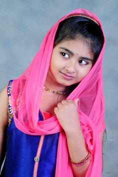 Cute Baby Girl Pictures, Girl Photos, Cute Girls, Family Photos, Beautiful Girl In India, Beautiful Girl Photo, Cute Beauty, Beauty Full Girl, Desi Girl Image