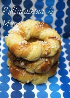 Herkkurinkilät Finnish Recipes, Baked Doughnuts, Sweet Pastries, Bagel, Baked Goods, Food And Drink, Favorite Recipes, Baking, Desserts