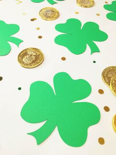 Check out this easy DIY Printable Giant Shamrock Confetti!