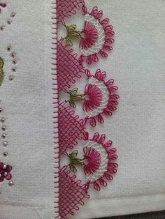 This Pin was discovered by HUZ Knitting Blogs, Baby Knitting Patterns, Crochet Patterns, Needle Tatting, Needle Lace, Crochet Unique, Hand Embroidery Patterns Flowers, Lace Making, Needlework