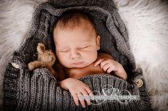 Newborn Pia Malin, 6 Tage | (Babyfotograf Duisburg)