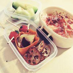 lunch box, salmon rise, melon
