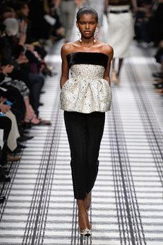 Balenciaga Fall 2015 Ready-to-Wear Collection