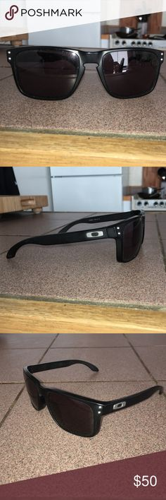 Oakley Holbrook Sunglasses Black Oakley Holbrook Sunglasses in Excellent condition Oakley Accessories Sunglasses