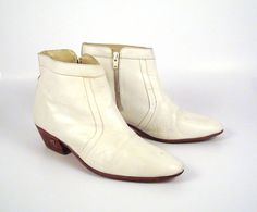Hey, I found this really awesome Etsy listing at https://www.etsy.com/listing/165426234/boots-ankle-vintage-1970s-short-white