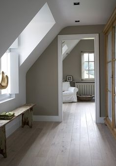 Love the white trim and grey walls...makes it look really clean!