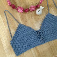 Para un vestido Crochet Bra, Crochet Woman, Crochet Clothes, Crochet Summer Tops, Crochet Crop Top, Crochet Tops, Crochet Designs, Beautiful Crochet, Crochet Dresses