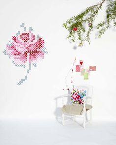 Eline Pellinkhof Wall Embroidery 6 Innovative Decorating Idea: Eline Pellinkhofs Wall Embroidery [Video]