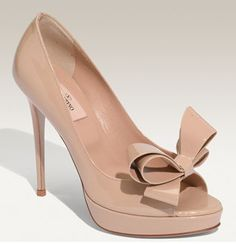 Valentino Bow Heel-obsessed