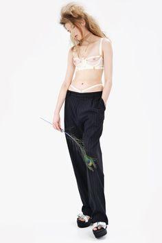 Сексуальное нижнее белье http://www.wonderzine.com/wonderzine/style/shoots/204293-sexy-lingerie
