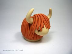 Wee Highland Cow Ornament Sculpture by QuernusCrafts on Etsy, £15.00