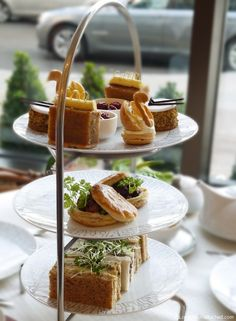 12 days of Christmas tea at the Intercontinental London. This would be wonderful! My husband would probably have to eat after snacking on these tea sandwiches but this would be the perfect way to celebrate Christmas for me. Christmas Afternoon Tea, Afternoon Tea London, Christmas Tea Party, Vegan Teas, Cuppa Tea, Tea Sandwiches, I Want To Eat, Tea Cakes, Tea Recipes