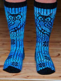 Garsnesugla Sock Leggings, Tights, Knitting Socks, Knit Socks, Knit Fashion, Knit Crochet, Slippers, Legs, Boots