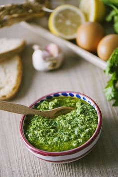 Italian salsa verde is kind of like chimichurri taken to the next level—it's base of parsley, oil, and garlic is familiar, but a hefty dose of capers injects a sharp briney bite. Salsa Verde Recipe, Verde Sauce, Ravioli, Salsa Italiana, Easy Cooking, Cooking Recipes, Veggie Recipes, Healthy Recipes, A Food