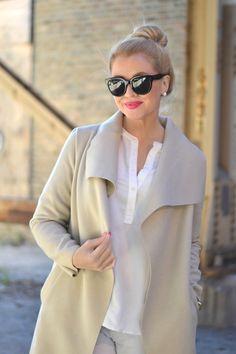 Shawl collar coat.