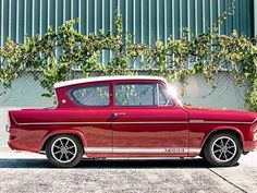 Classic Cars British, Ford Classic Cars, Ford Anglia, Veteran Car, Car Backgrounds, Vw Vintage, Cars Uk, Old Fords, Car Pictures
