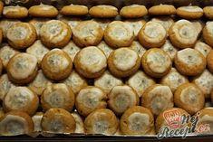 Štědrovečerní koláčky   NejRecept.cz Sweet Tooth, Food And Drink, Sweets, Bread, Cookies, Vegetables, Breakfast, Christmas, Crack Crackers