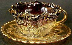 Porcelanowy zestawik ;-) do herbaty w 3D.