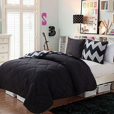 Victoria Clics Juniper Reversible Comforter Set Black 78 Liked On Polyvore