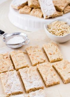 If you love almonds and enjoy the taste of almond flavoured baked goods then you'll love these easy to make delicious Chewy Almond Marzipan Bars! Marzipan Recipe, Marzipan Cake, Torrone Recipe, Cookie Recipes, Dessert Recipes, Healthy Afternoon Snacks, Galletas Cookies, Almond Cookies, Almond Recipes