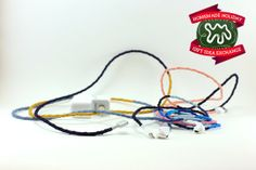 Make this Homemade Holiday Gift: Never-Tangled Headphones HOMEMADE HOLIDAY GIFT IDEA EXCHANGE: PROJECT #6 | Apartment Therapy