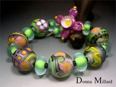 Grandiflora - art glass beads in my etsy shop.  CLICK ME!