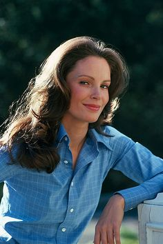 Jaclyn Smith  ~love the hair!