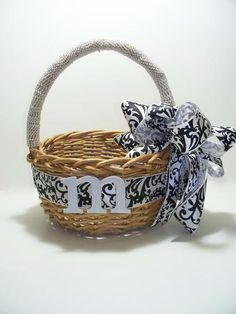 Basket for favors or gifts