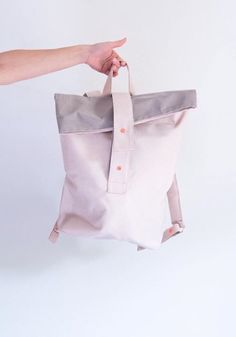 Immer gut unterwegs mit igou! Die Rucksäcke des Salzburger Labels werden in Handarbeit und nachhaltig produziert  http://ift.tt/2eMCNin : igou