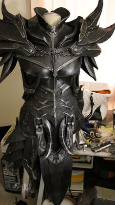 Cosplay Skyrim Daedric Armor WIP by lsomething - Skyrim Cosplay, Cosplay Armor, Elf Cosplay, Cosplay Dress, Fantasy Armor, Fantasy Dress, Daedric Armor, Costume Armour, Armadura Medieval