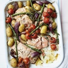 Prep Time: 5 Minutes Cooking Time: 30 MinutesServes tray bake ticks most midweek supper boxes: simple, easy, flavourful and with minimal washing up. Each ingredient seeps into the next in this no-fuss dish that Seafood Recipes, Cooking Recipes, Healthy Recipes, Cooking Time, Healthy Tea Ideas, Simple Fish Recipes, Cooking Icon, Tray Bake Recipes, Meal Recipes