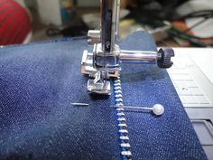 Sewing And Style Den: Zip it up (Fly Zipper Insertion)