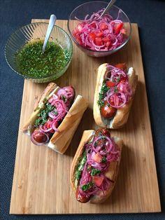 Home Recipes - Choripan Fun Cooking, Cooking Recipes, Healthy Recipes, Tandoori Masala, Hot Dog Recipes, Argentine, Delicious Burgers, Everyday Food, Soul Food