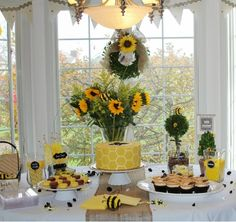 Mommy-To-Bee Baby Shower Theme