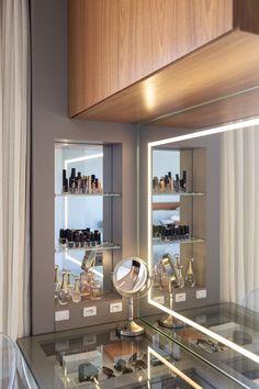 Home Room Design, Decor Interior Design, Living Room Designs, House Design, Dressing Table Fancy, Diy Walk In Closet, Glamour Decor, Fancy Houses, Bathroom Design Luxury