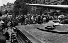 Josef Koudelka - Invasion Prague (1968)