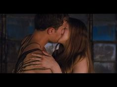 DIVERGENT - Exclusive First Clip [HD] - 2014 - YouTube