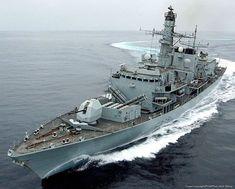 Royal Navy Frigates, Type 23 Frigate, Marina Real, British Royal Marines, Strait Of Hormuz, Oil Tanker, Military Photos, Military News, Military Wife
