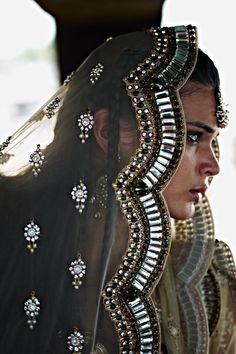 beautifulsouthasianbrides: Outfit by:Monisha Jaising