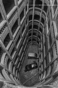 Garage hélicoïdal   Flickr - Photo Sharing!