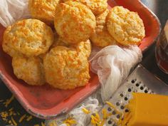 Get this all-star, easy-to-follow Ale and Cheddar Biscuits recipe from Nancy Fuller