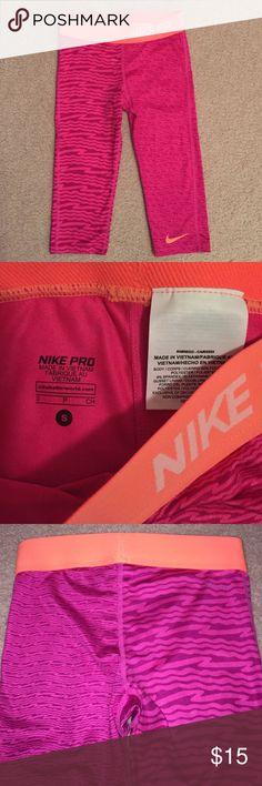 Nike Pro capris Youth Nike Pro capris. Like new size youth small. Nike Bottoms Leggings