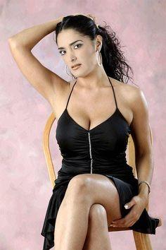 Sexy Salma Hayek Photos | Near Nude Salma Hayek Pics