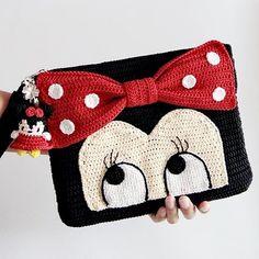 Rajut goodluck🍀 by G & L ( Crochet Clutch, Crochet Purses, Crochet Dolls, Crochet Mickey Mouse, Minnie Mouse, Baby Girl Crochet, Cute Baby Girl, Kids Bags, Yarn Crafts