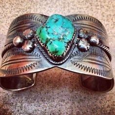 Nice old Navajo bangle with large turquoise nugget