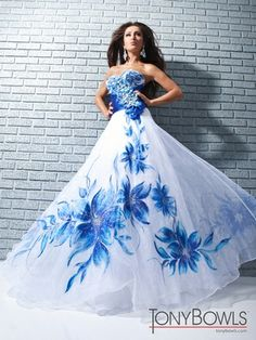 Sweetheart Full A-line Tony Bowls Le Gala Prom Dress 113522|DressProm.net blue and white wedding dress